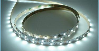 Kaip įdiegti LED juostelės ant lubų
